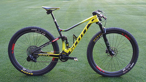 Bike do Nino Schurter